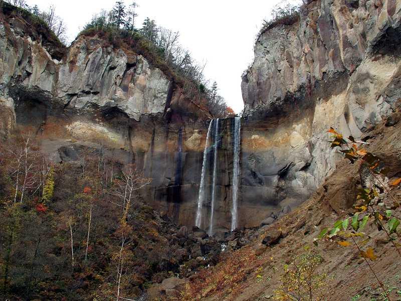 インクラの滝(別々の滝)