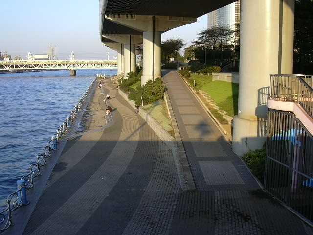 隅田川緑道公園