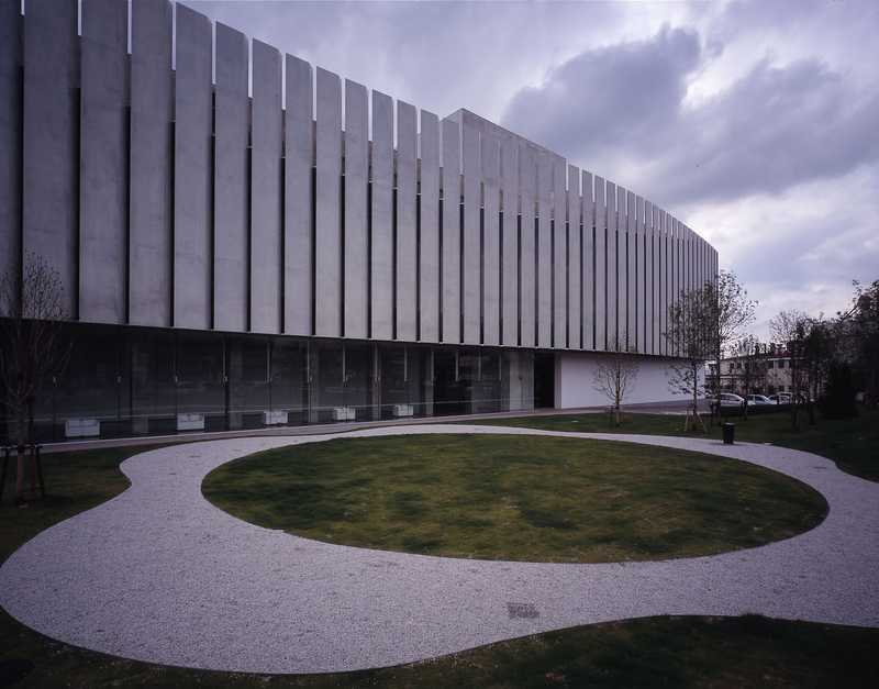 茅野市美術館