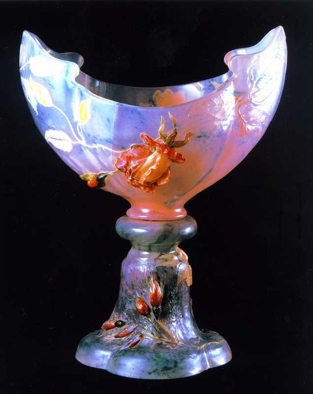 SUWAガラスの里美術館