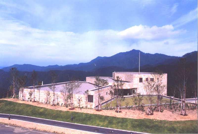 鳥取県立氷ノ山自然ふれあい館響の森