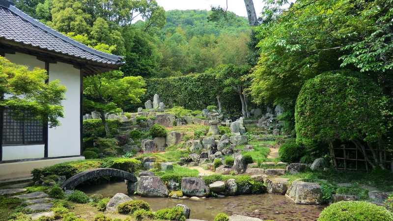 大通寺庭園(石寿園)