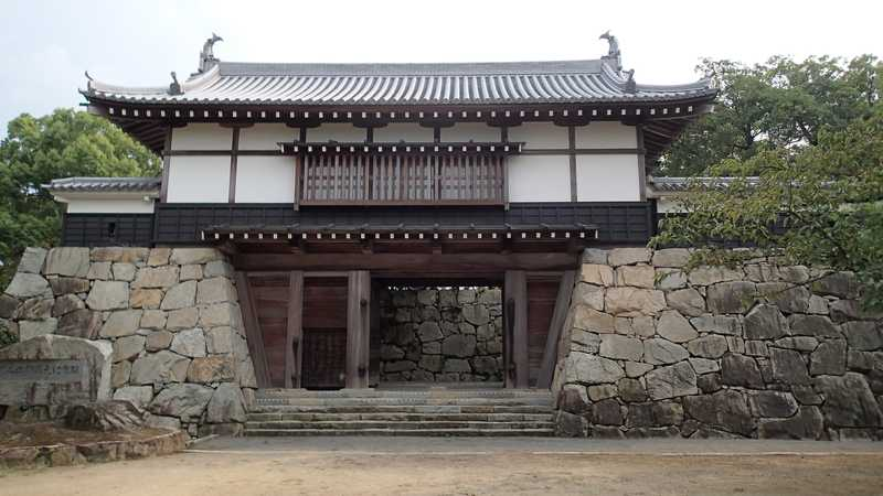 桜・川之江城山公園