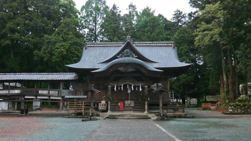 大川上美良布神社