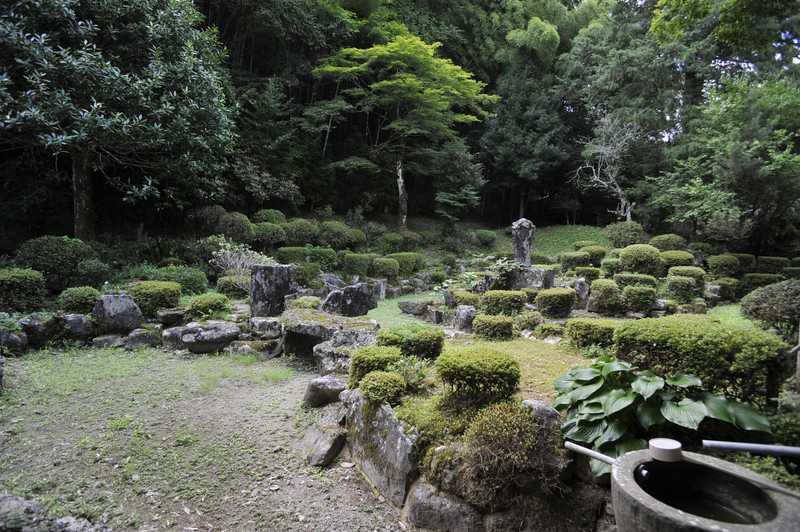 満願寺庭園