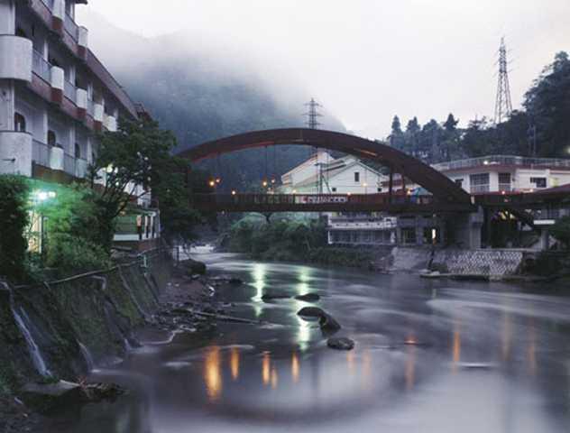 新川渓谷温泉