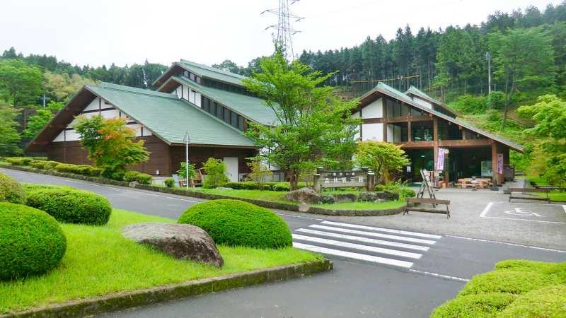 県民の森森林展示館