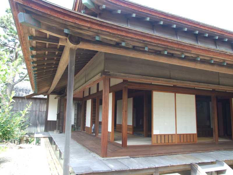 県保護有形文化財岡御殿の画像