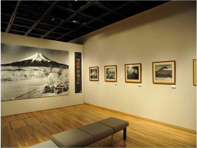 岡田紅陽写真美術館・小池邦夫絵手紙美術館