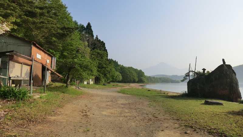 小石ヶ浜湖水浴場