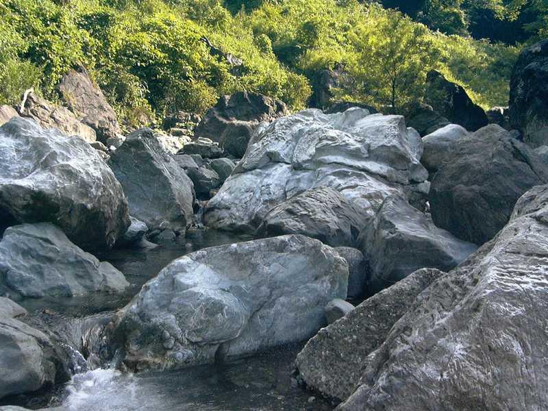 橋立ヒスイ峡