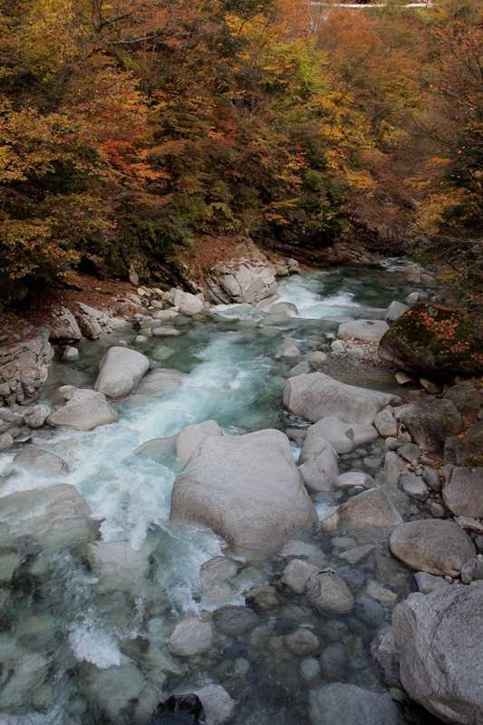 伊奈川渓谷