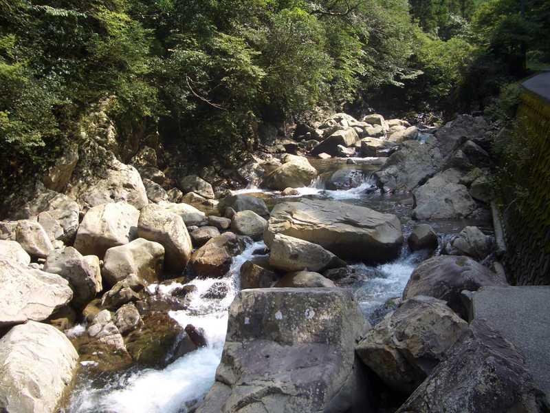 土々呂内渓谷