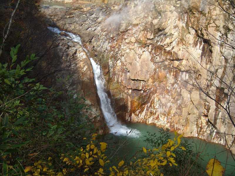 鳥越の滝の画像