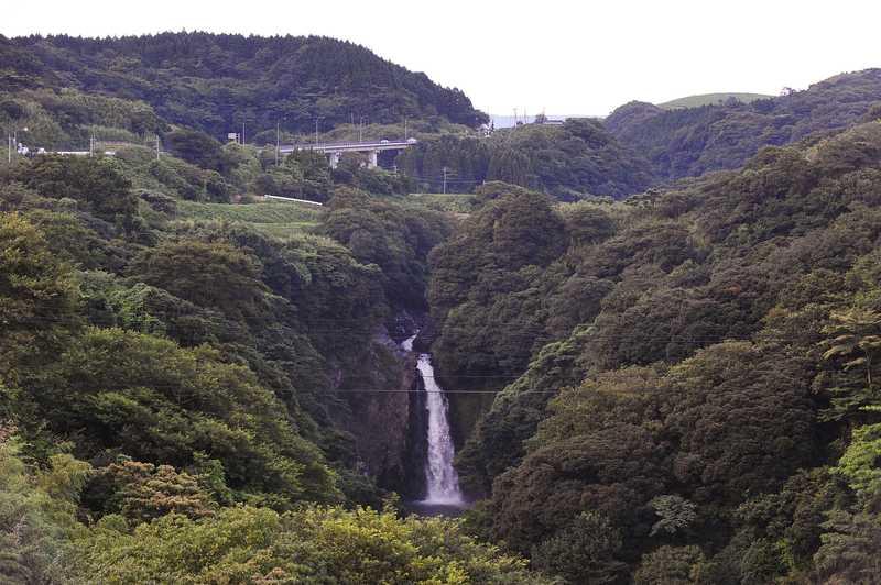 数鹿流ケ滝