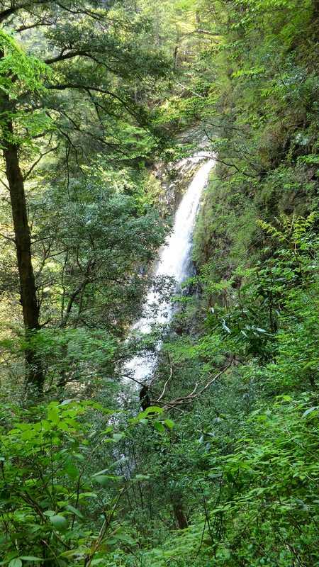 さぎりの滝の画像