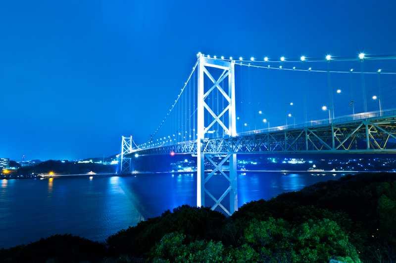 関門海峡の潮騒と汽笛1