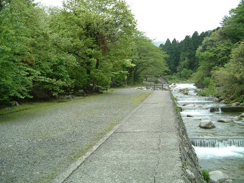 阿賀野市五頭山麓いこいの森