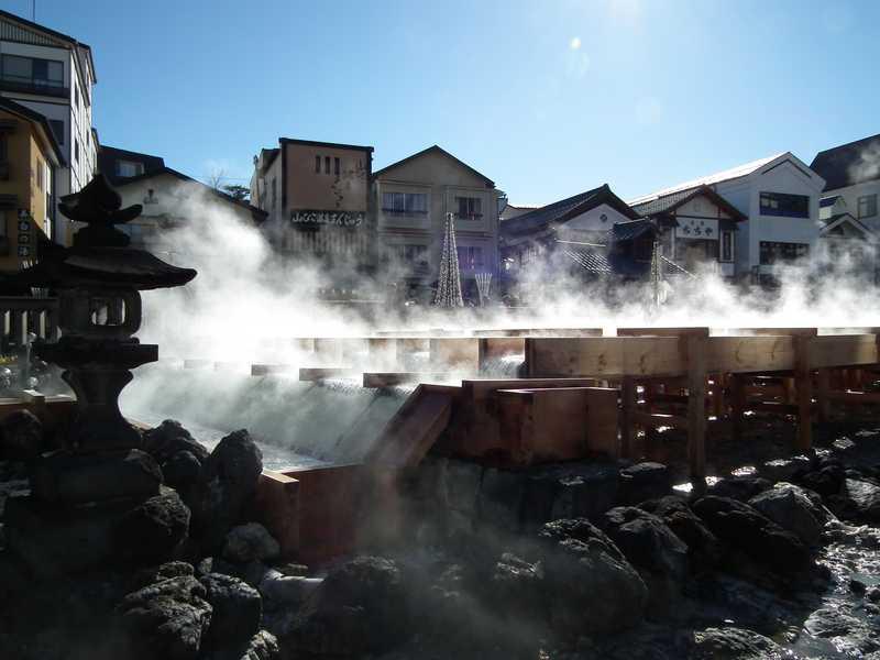 草津温泉「湯畑」の湯けむり
