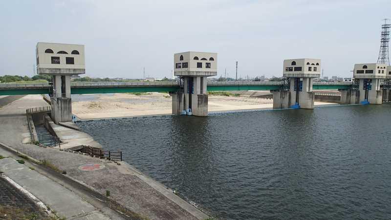 金谷堤防付近