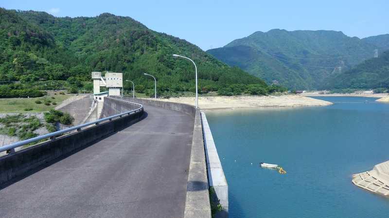 永源寺ダム堰