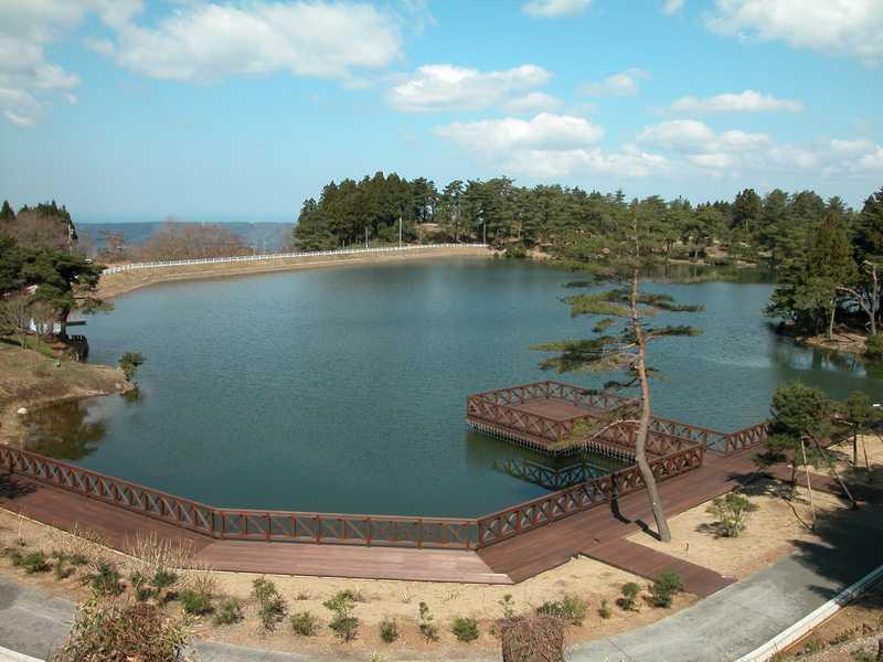 碁石ヶ峰原山大池