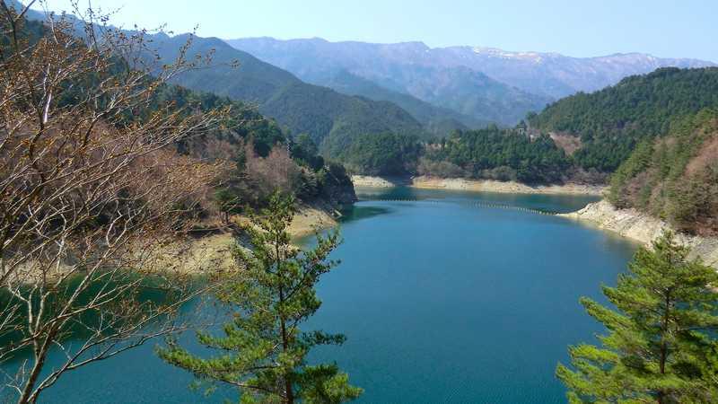 別子ダム湖