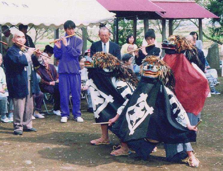 塚崎の獅子舞