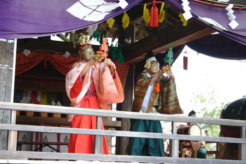 山梨岡神社春季例大祭