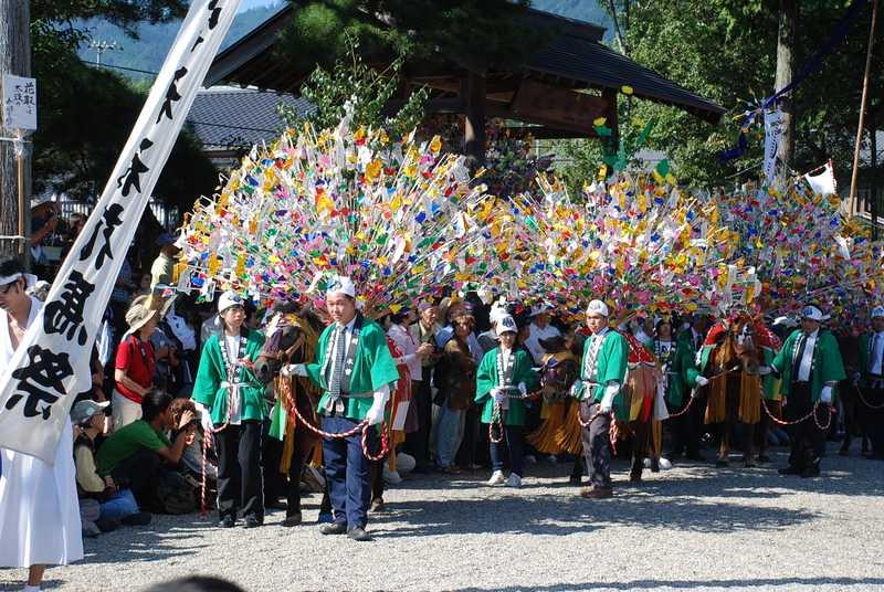 五宮神社花馬祭り