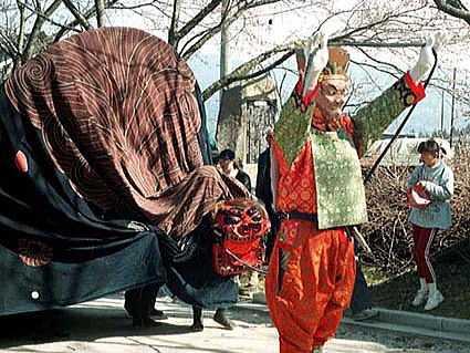 大島山瑠璃寺獅子舞