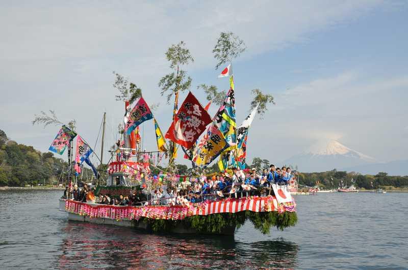 内浦漁港祭