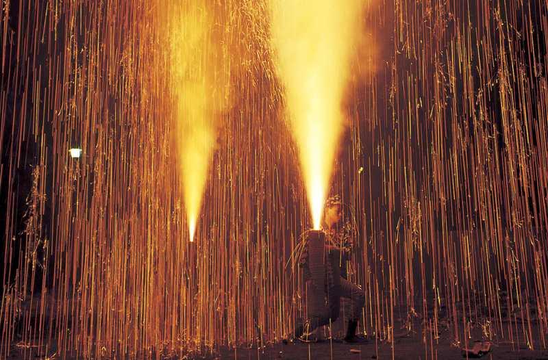 椙本八幡社秋期祭礼(三河伝統手筒花火)
