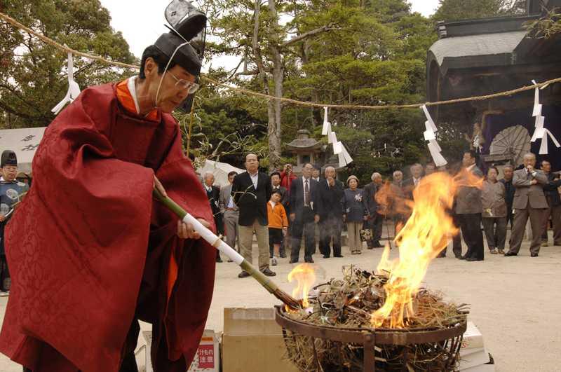 玉祖神社玉の祭