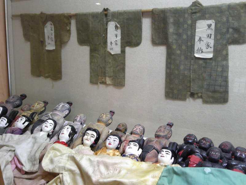 八幡古表神社細男舞神相撲