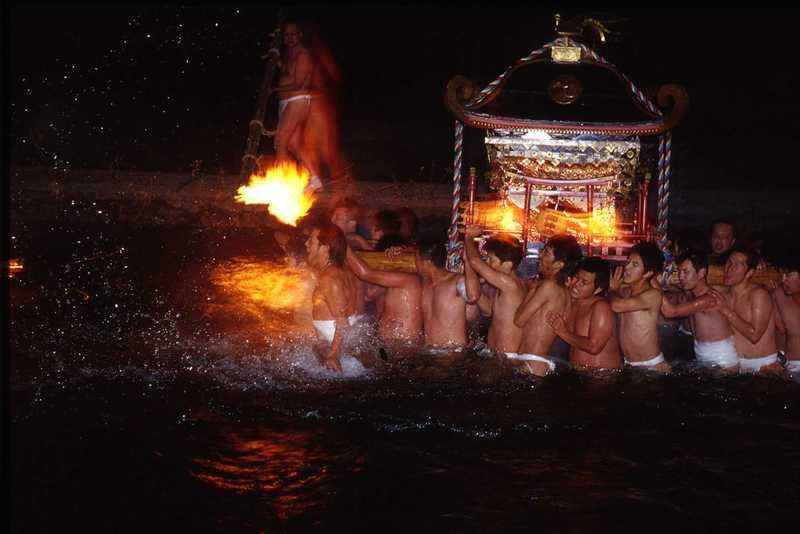 緒方三社川越し祭り