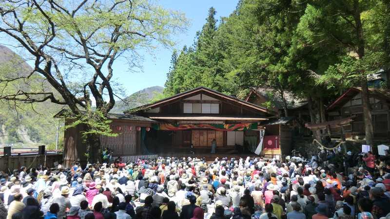 大鹿歌舞伎春の定期公演