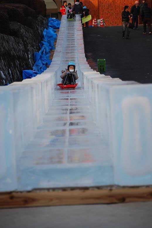 「氷の祭典」アイスカービングin大口