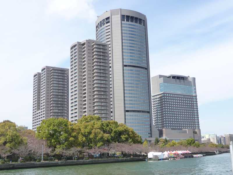 大阪アメニティパークタワー