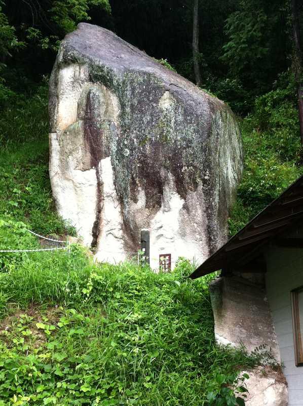 西教寺奥の院