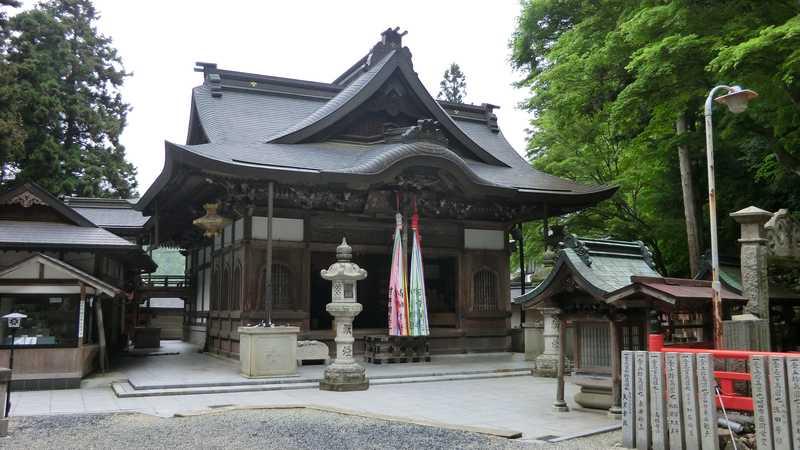 本瀧寺(能勢妙見山本瀧寺)