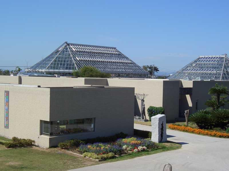 緑と花と彫刻の博物館