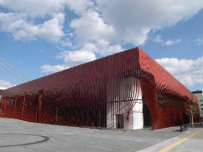 青森市文化観光交流施設 「ねぶたの家 ワ・ラッセ」