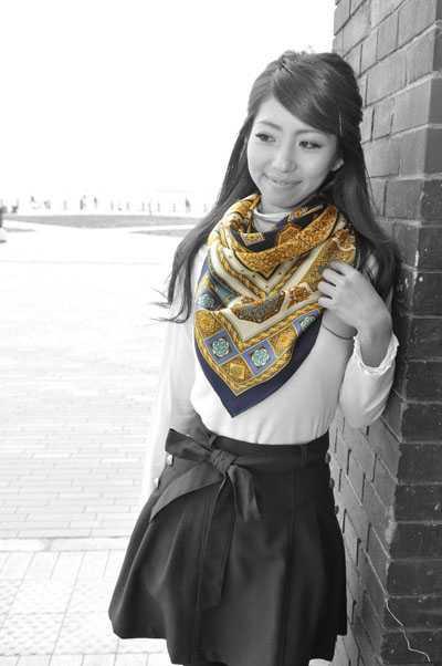 伝統横濱スカーフ Marca