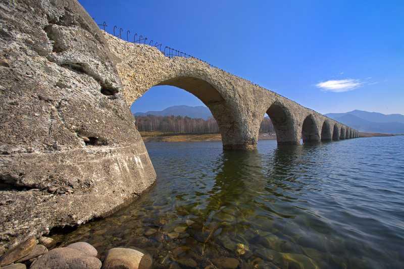 タウシュベツ川橋梁 糠平湖