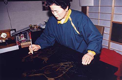 木曽漆器匠の里モデル工房「一丸勢漆器店」