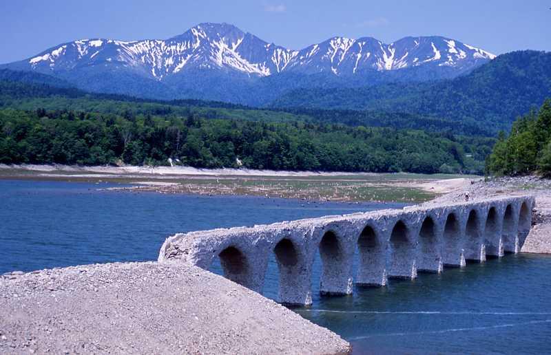 旧国鉄士幌線アーチ橋梁群