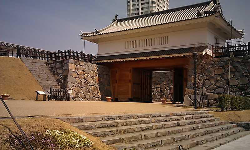甲府市歴史公園山手御門
