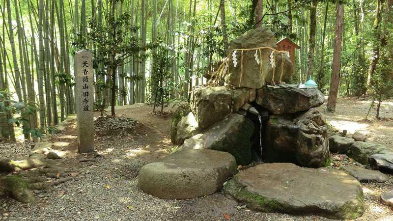 真名井神社の名水