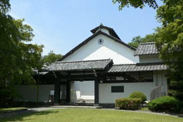 草雲美術館